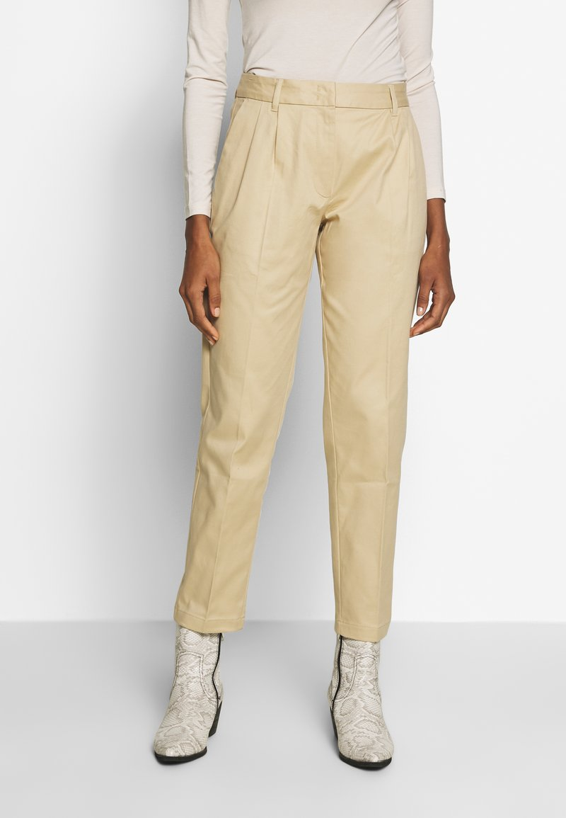 mine to five TOM TAILOR - EASY CHINO - Chinos - coarse sand
