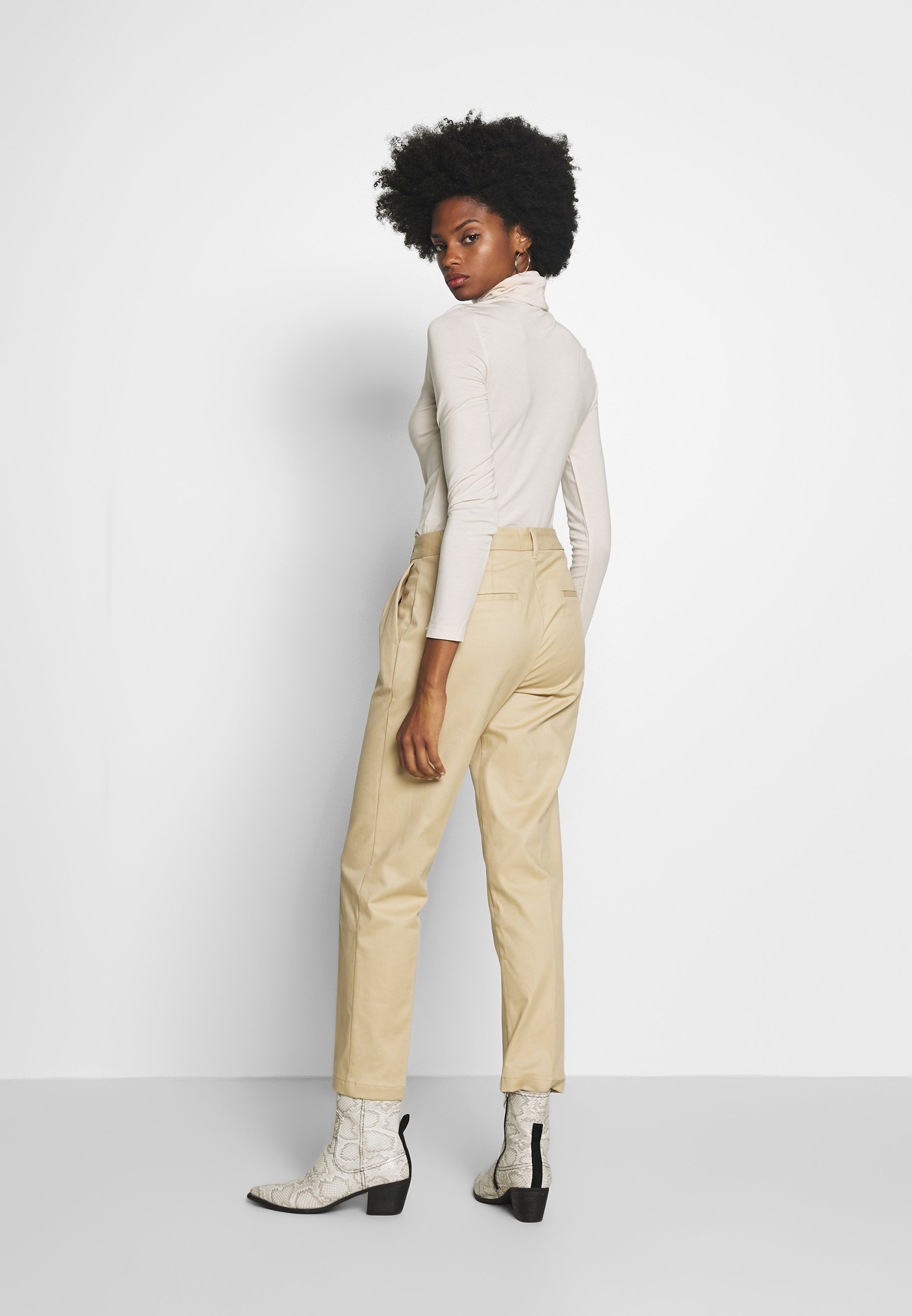 Mine To Five Tom Tailor Easy Chino - Coarse Sand