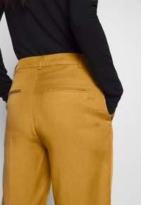 mine to five TOM TAILOR - PANTS  - Tygbyxor - clay beige brown - 5