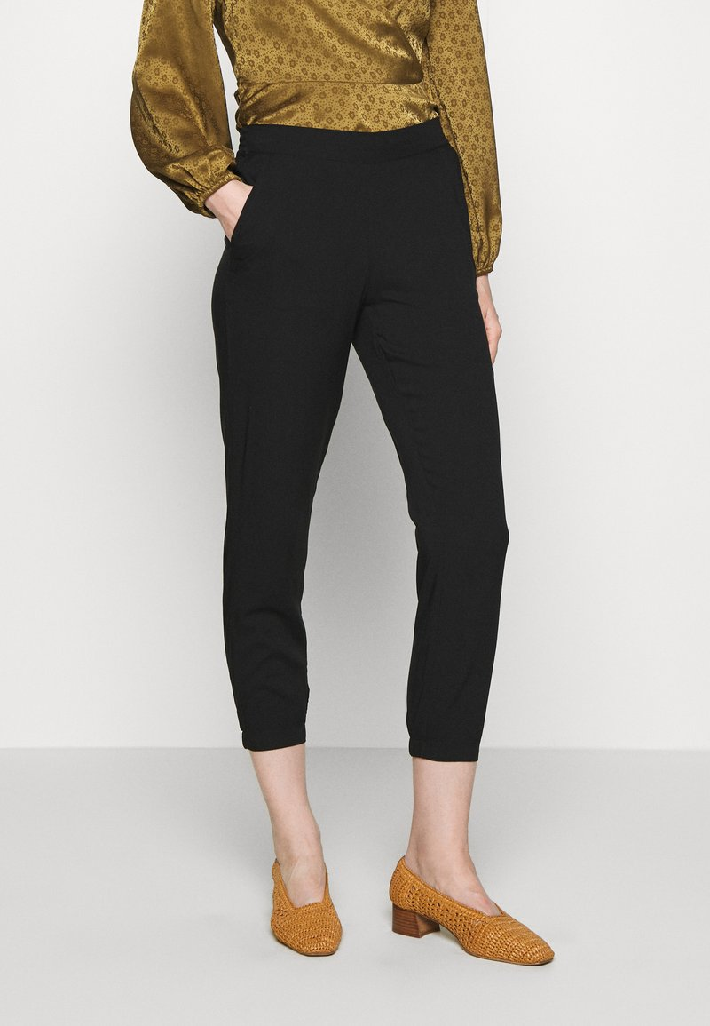 TOM TAILOR - LOOSE FIT PANTS - Spodnie materiałowe - deep black