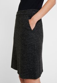 TOM TAILOR - SKIRT ASHAPE SALT AND PEPPER - Jupe trapèze - grey/black - 3