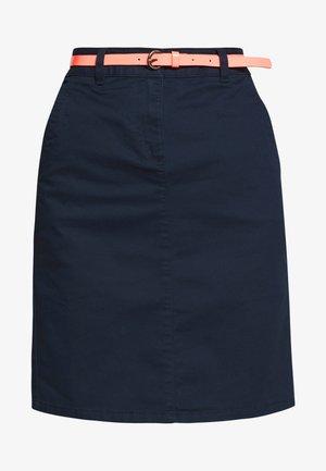 SKIRT BELTED - Spódnica ołówkowa  - sky captain blue