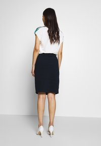 TOM TAILOR - SOLID STRUCTURE - Pencil skirt - sky captain blue - 2