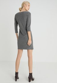 TOM TAILOR - MY COSY CASUAL DRESS - Etui-jurk - grey melange - 2