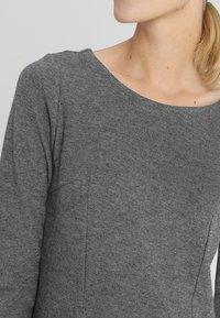 TOM TAILOR - MY COSY CASUAL DRESS - Etui-jurk - grey melange - 4