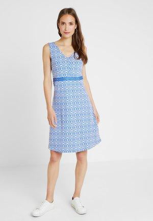 PRINTED DRESS - Jerseykjole - blue/white