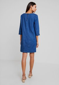 TOM TAILOR - CASUAL DRESS - Spijkerjurk - dark stone wash blue - 3
