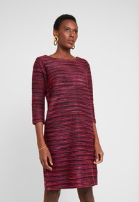 TOM TAILOR - DRESS - Abito in maglia - navy/red/pink/blue - 0