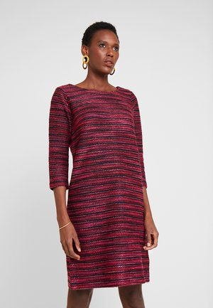 DRESS - Abito in maglia - navy/red/pink/blue