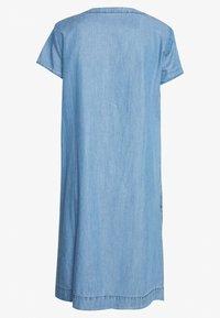 TOM TAILOR - DRESS - Dongerikjole - mid stone wash denim/blue - 1