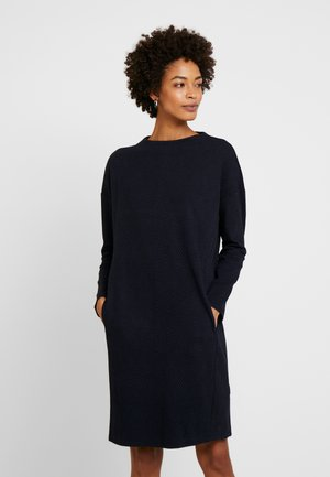 DRESS WITH HIGH NECK - Strikket kjole - sky captain blue