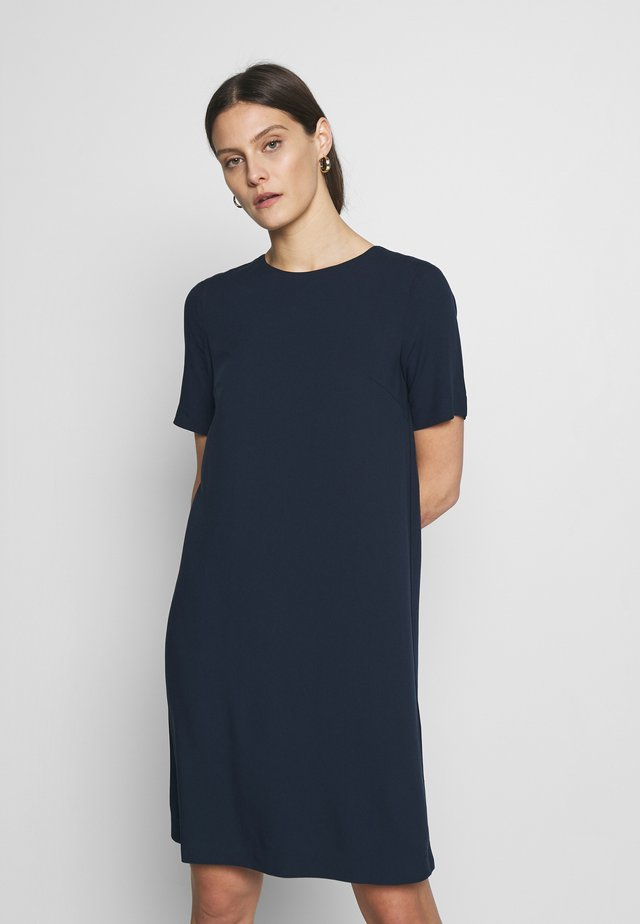 DRESS EASY CREPE SHIFT - Korte jurk - sky captain blue