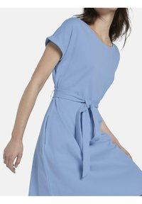 mine to five TOM TAILOR - DRESS A-SHAPE BELTED - Day dress - soft charming blue - 4