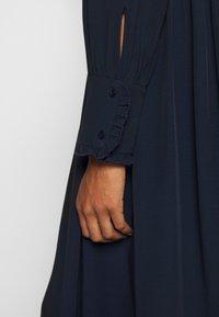 TOM TAILOR - DRESS WITH RUFFLE DETAILS - Vestido informal - sky captain blue - 7