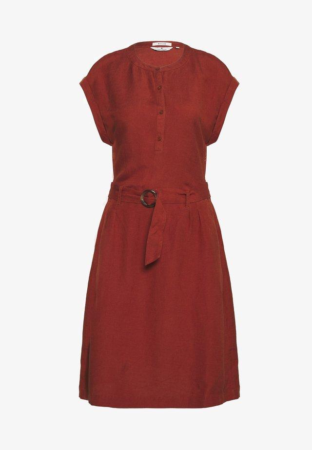 Korte jurk - goji orange