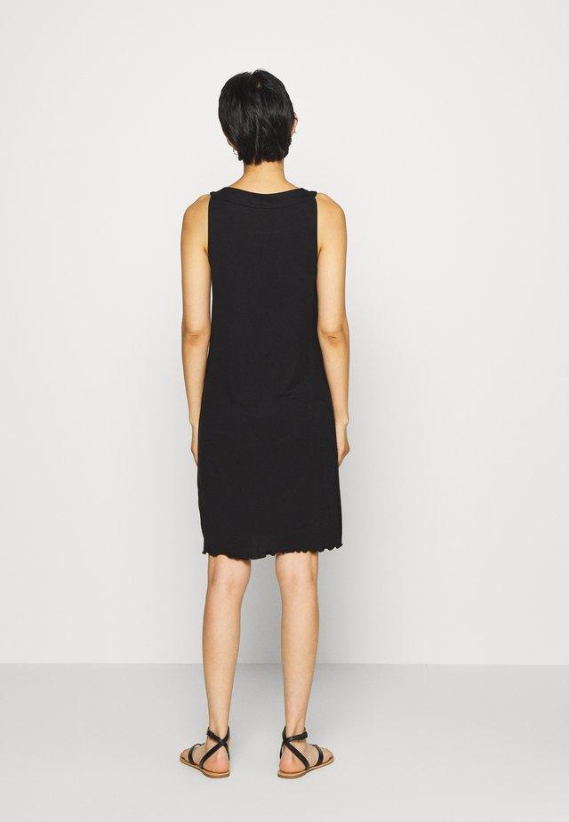 DRESS AMERICAN NECK - Sukienka z dżerseju - deep black