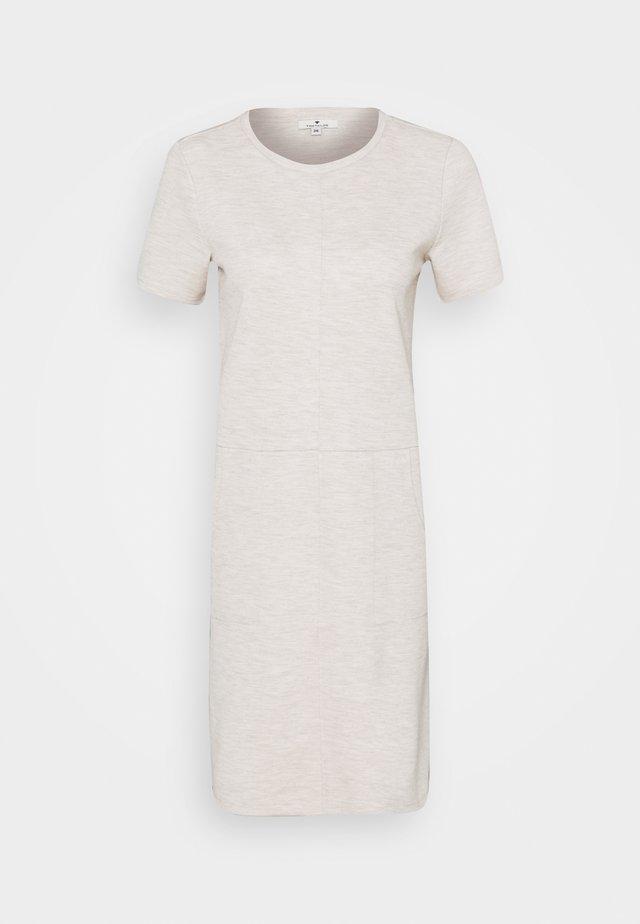 DRESS WITH POCKET - Sukienka letnia - sand