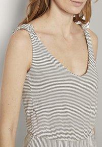 TOM TAILOR - Korte jurk - offwhite thin stripes - 3