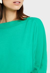 TOM TAILOR - FABRIC MIX - Pullover - light simply green - 5