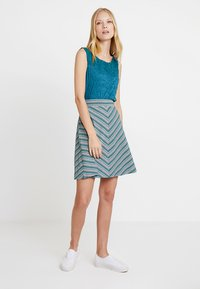 TOM TAILOR - WITH CRINCLE - Topper - tropical lagoon - 1