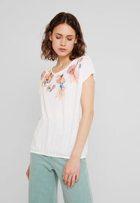 TOM TAILOR - FRONTPRINT - T-Shirt print - whisper white - 0