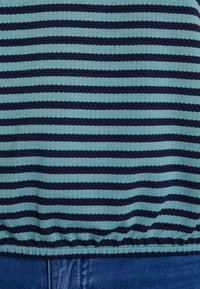 TOM TAILOR - STRUCTURE STRIPE - T-shirt imprimé - mint navy - 6