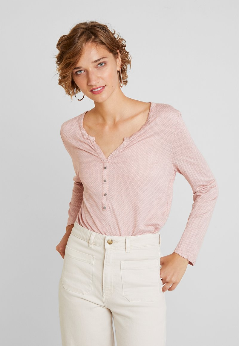 TOM TAILOR - STRUCTURE CRINCLE - Long sleeved top - rose/white