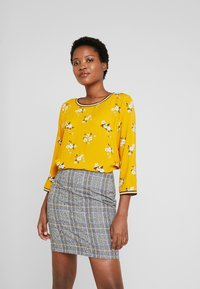 TOM TAILOR - FABRIC PRINT MIX - Blouse - yellow - 0