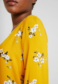 TOM TAILOR - FABRIC PRINT MIX - Blouse - yellow - 5