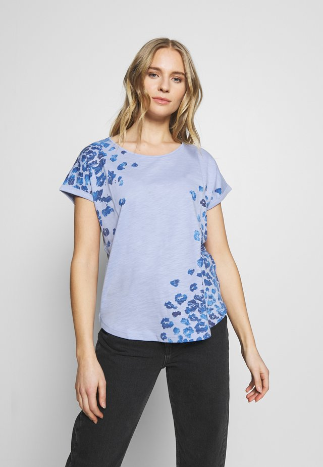 SLUB PLACED PRINT - T-shirt con stampa - parisienne blue