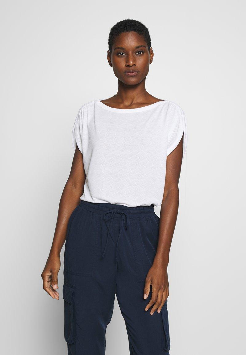 mine to five TOM TAILOR - AJOUR - T-shirt z nadrukiem - white