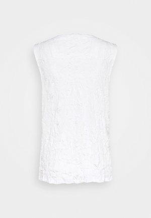 CRINCLE - Top - whisper white