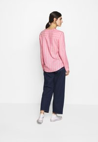 TOM TAILOR - STRUCTURED BLOUSE - Bluzka - pink - 2