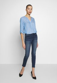TOM TAILOR - STRUCTURED BLOUSE - Blouse - blue - 1