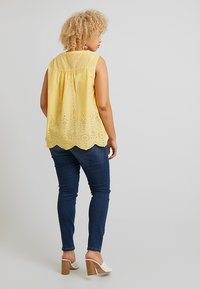 MY TRUE ME TOM TAILOR - BLOUSE WITH EMBROIDERY - Bluser - daylily yellow - 2