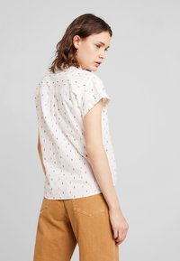 TOM TAILOR - BLOUSE WITH COLOURFUL DOBBY - Button-down blouse - white - 2