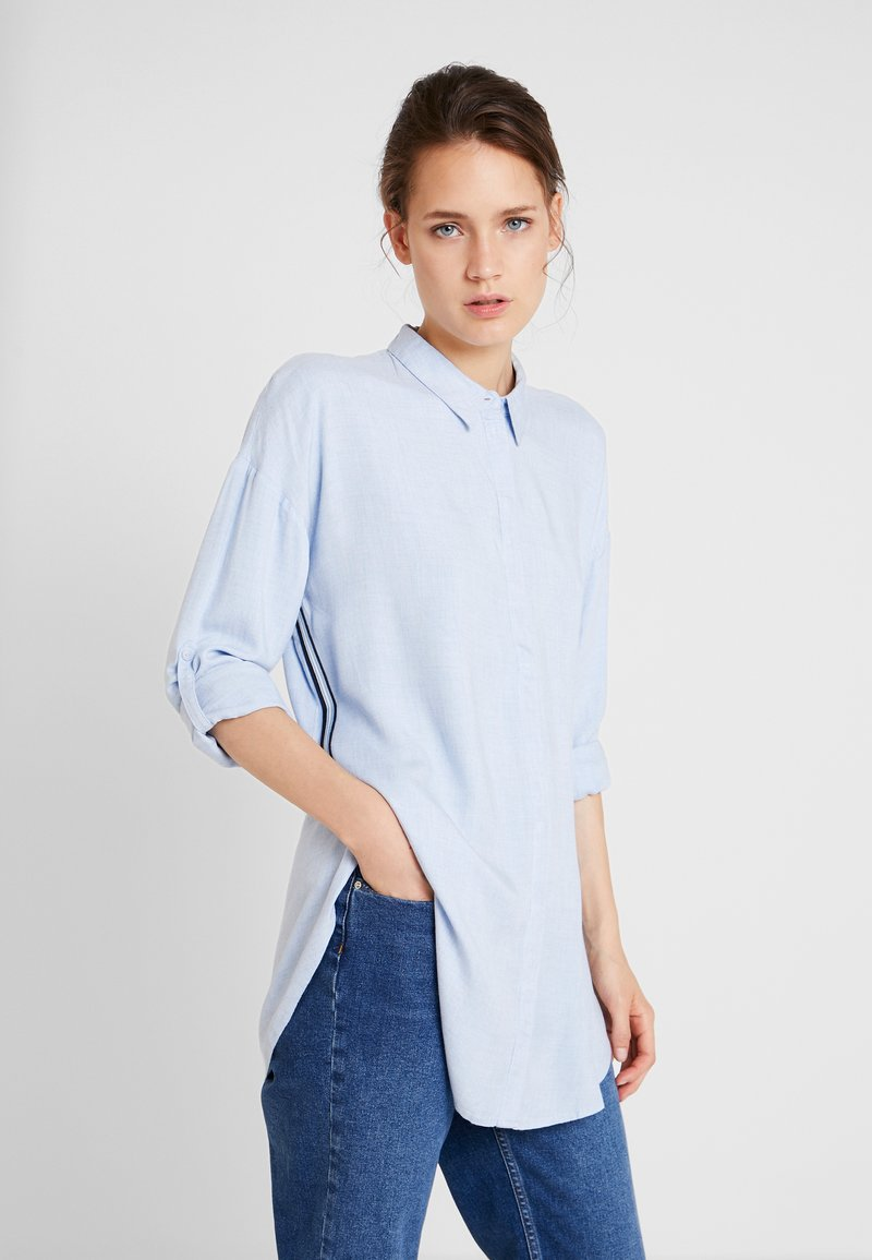 TOM TAILOR - BLOUSE WITH TAPES - Button-down blouse - kentucky blue