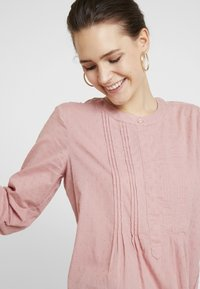 TOM TAILOR - BLOUSE WITH PINTUCKS - Camicetta - vintage rose - 4