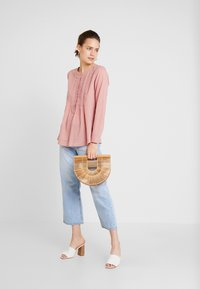 TOM TAILOR - BLOUSE WITH PINTUCKS - Camicetta - vintage rose - 1