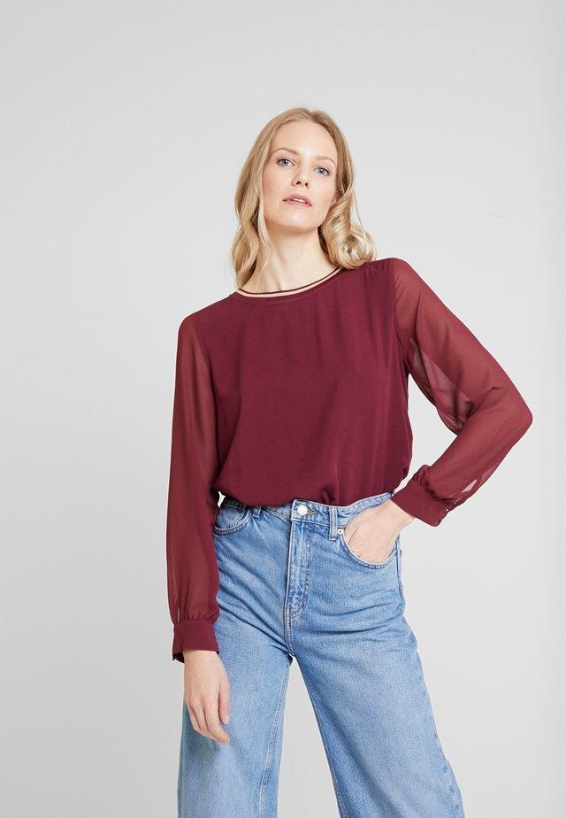 BLOUSE FABRIC MIX - Bluzka - deep burgundy red