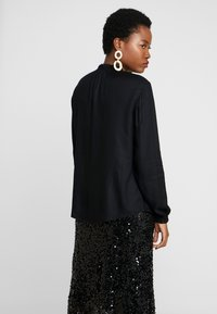 TOM TAILOR - BLOUSE WITH TIED NECK - Bluser - deep black - 2