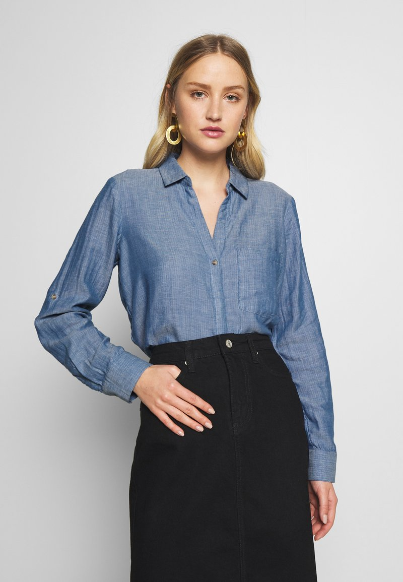 TOM TAILOR - BLOUSE WITH DOUBLE FACE FABRIC - Overhemdblouse - kentucky blue