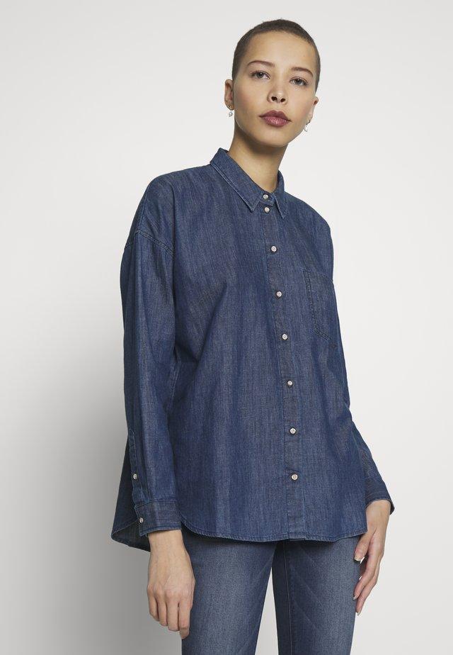 BLOUSE - Button-down blouse - dark stone wash denim