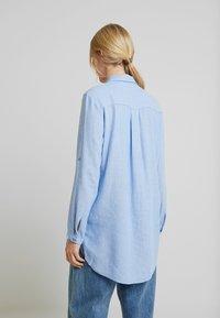 TOM TAILOR - BLOUSE LONGSTYLE - Skjorte - blue - 2