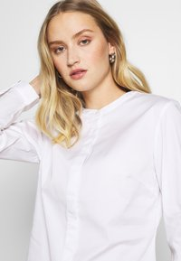 mine to five TOM TAILOR - TOUCH BLOUSE - Blůza - white - 3