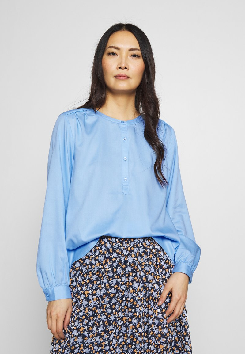 mine to five TOM TAILOR - BLOUSE FLUENT  - Blouse - soft charming blue
