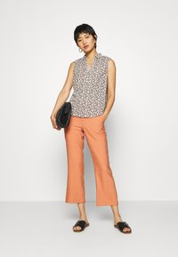 TOM TAILOR - BLOUSE PRINT AND SOLID - Camicetta - vanilla - 1