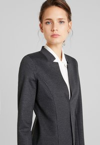 TOM TAILOR - HOUNDSTOOTH - Blazer - black/grey - 4