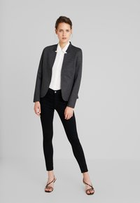 TOM TAILOR - HOUNDSTOOTH - Blazer - black/grey - 1