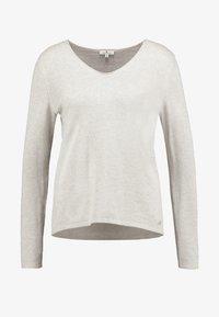 TOM TAILOR - BASIC V NECK - Sweter - cloud grey melange/brown - 3